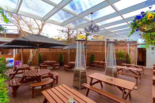 Momento Lounge Bar