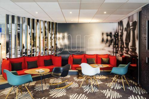 Ibis Lounge