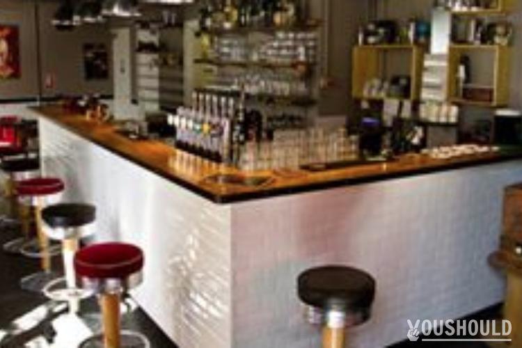 Le Clin's Factory - Les Bars YouShould en banlieue de Paris