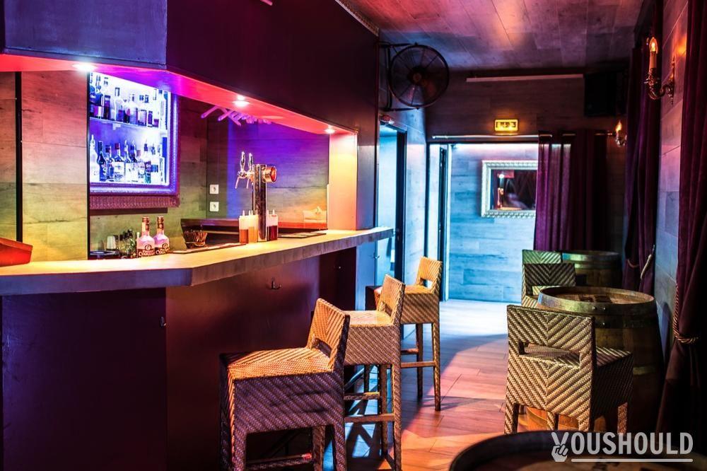 le baron bar privatiser et r server centre ville. Black Bedroom Furniture Sets. Home Design Ideas