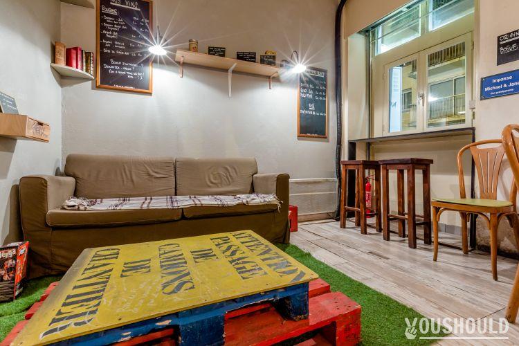 Les Saltimbanques - Réserver ou privatiser un bar dans le 11ème arrondissement de Paris.