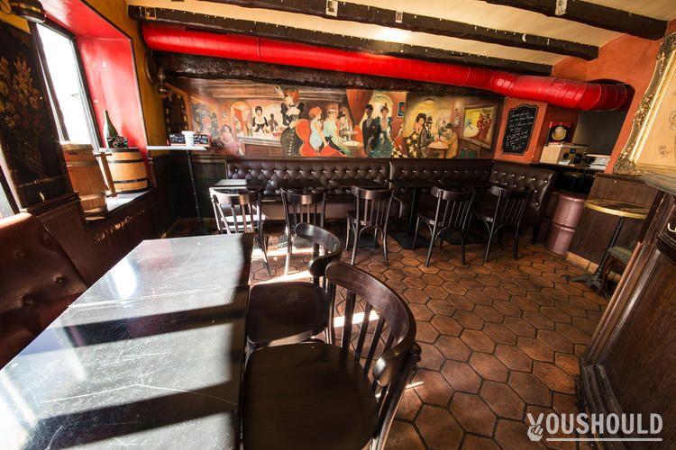 Le Rendez-vous des Amis - Réserver ou privatiser un bar à Montmartre