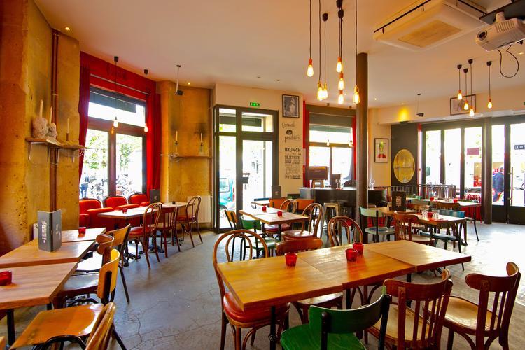 L'Éventail - TOP 10 des bars avec la clim à Paris !