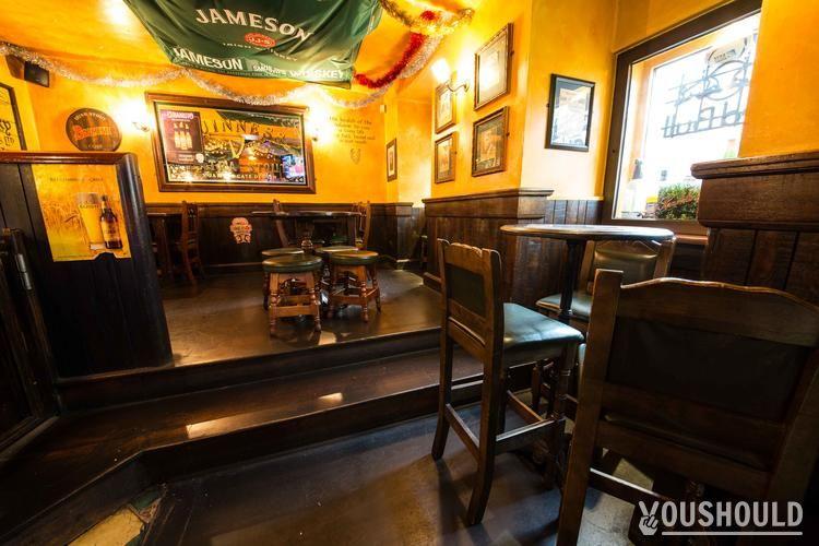 Corcoran's Place de Clichy - Top 10 des bars à bière à Paris