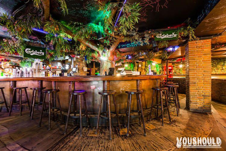 Yellow Mad Monkey - Meilleurs bars à Réserver ou Privatiser pour Halloween