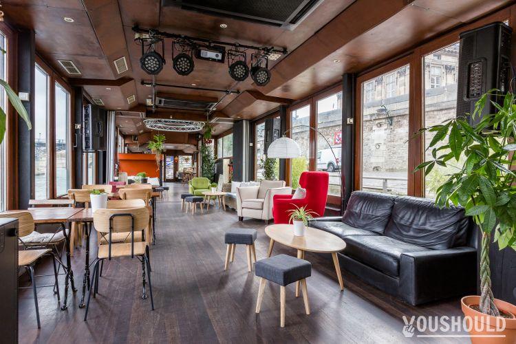 La balle au bond - Top 10 des bars péniche à Paris