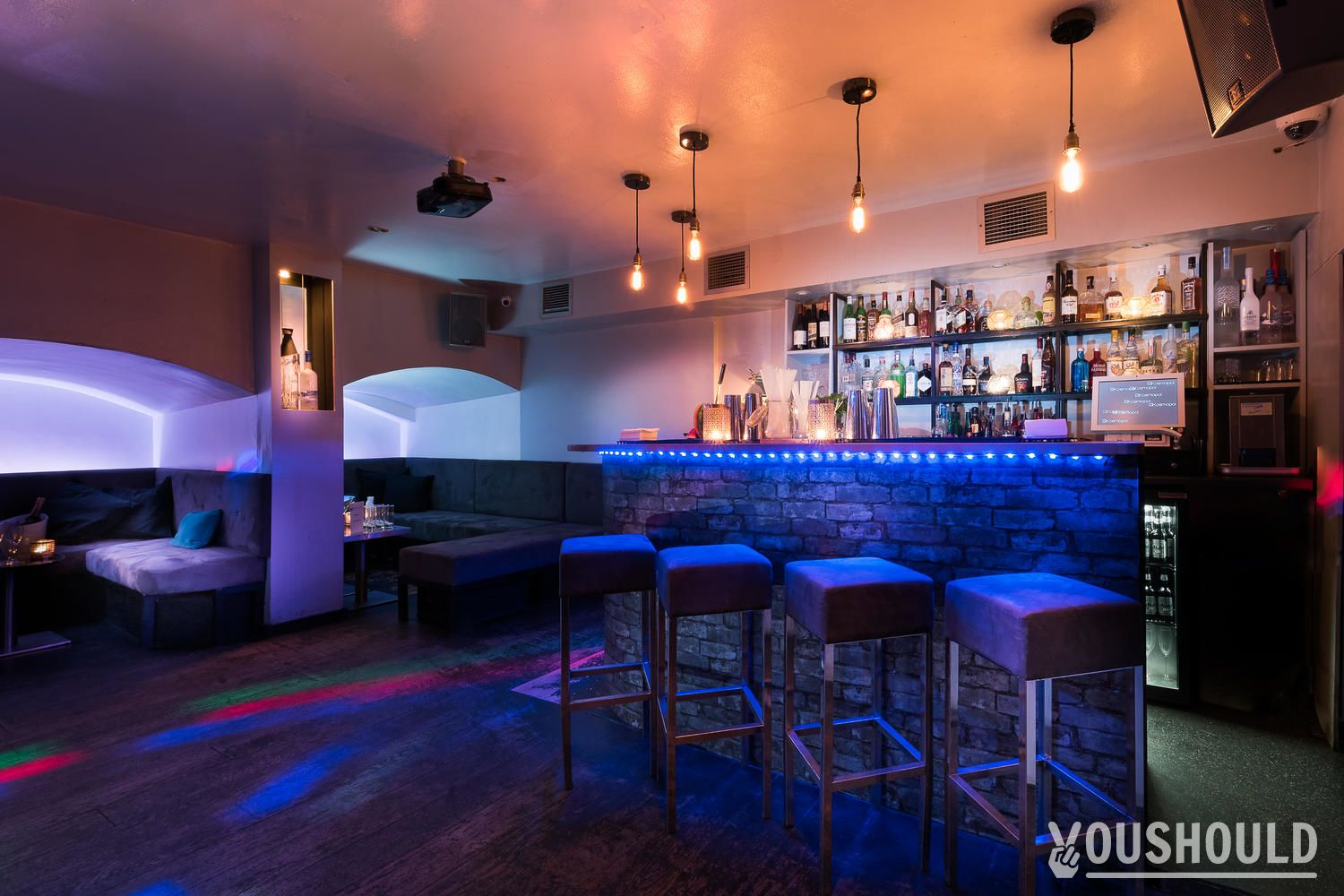 10 best bars and pubs bookable for free in London